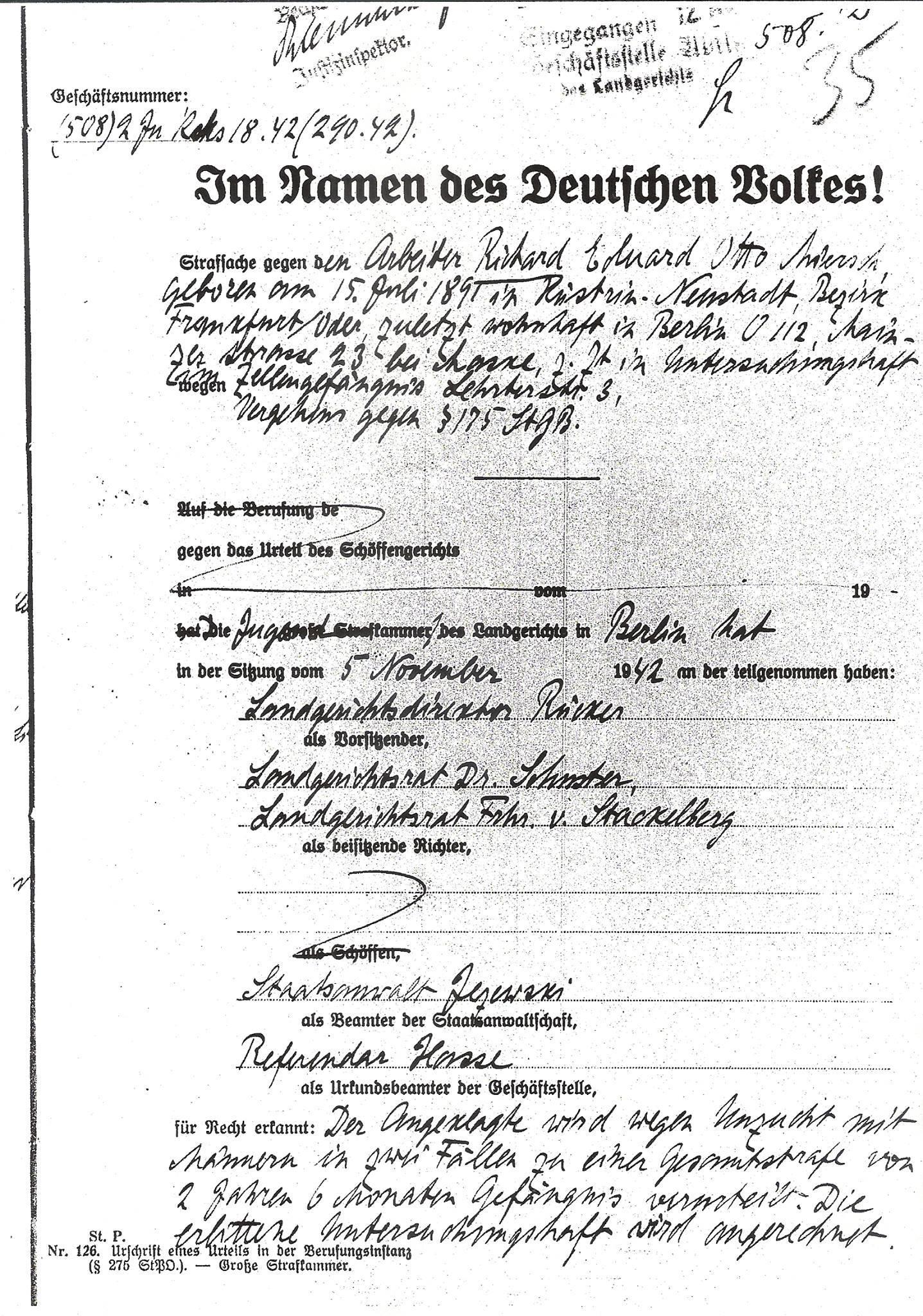 Die erste Seite des Urteils aus der Strafakte von Richard Miersch. Quelle: Landesarchiv Berlin